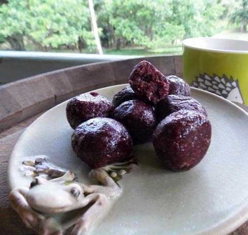 Davidson's plum protein balls